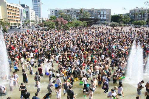 TEL-AVIV WATER WAR , WHILST PALESTINE IS IN DROUGHT!