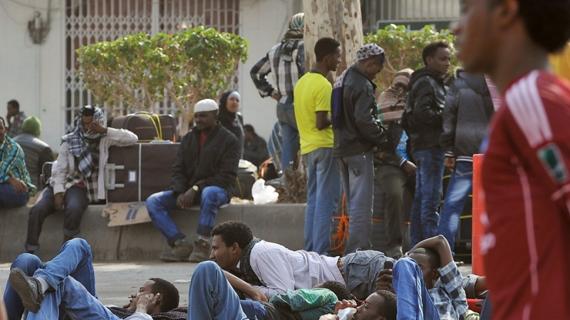 YESTERDAY'S SLAVE BUYERS ARE BACK AT THEIR BUSINESS: AFRICA BE WARNED OF SAUDI ARABIA'S RACIST DISPOSITION!